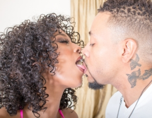 /tour/content/cf_187_Misty Stone and Eddie Jaye Hand Job Pt2/2.jpg